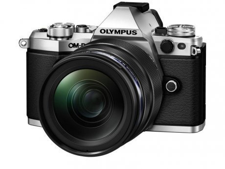 Цифровой фотоаппарат Olympus OM-D E-M5 Mark II Kit 12-40 mm F/2.8 Silver-Black фотоаппарат olympus om d e m5 mark ii kit 14 42 mm ez silver black