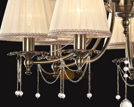 Люстра Maytoni Royal Classic ARM305-07-R