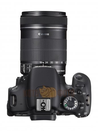 Зеркальный фотоаппарат Canon EOS 650D Kit EF-S 18-135 IS STM