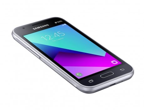 Смартфон Samsung Galaxy J1 Mini (2017) SM-J106F Black