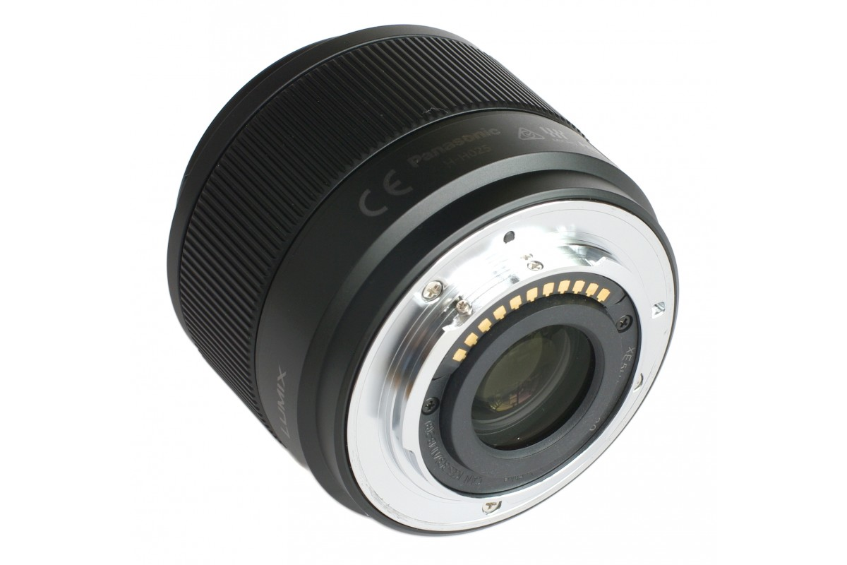 Объектив PANASONIC Lumix H-H025E 25mm f/1.7 G Aspherical silver объектив panasonic h fs35100e s